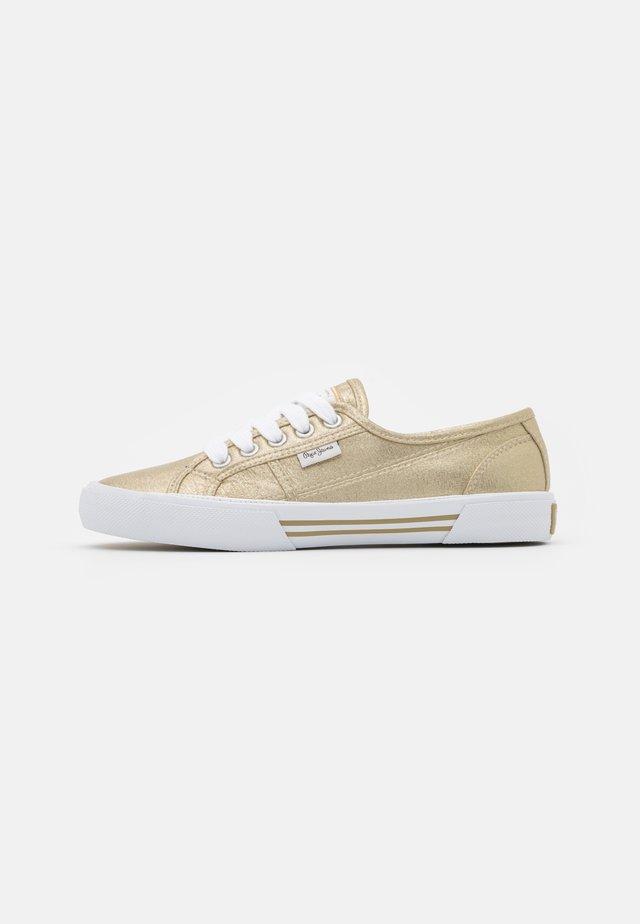 ABERLADY SHINE - Sneakersy niskie - gold