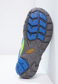 Keen - SEACAMP II CNX - Walking sandals - true blue/jasmine green - 4