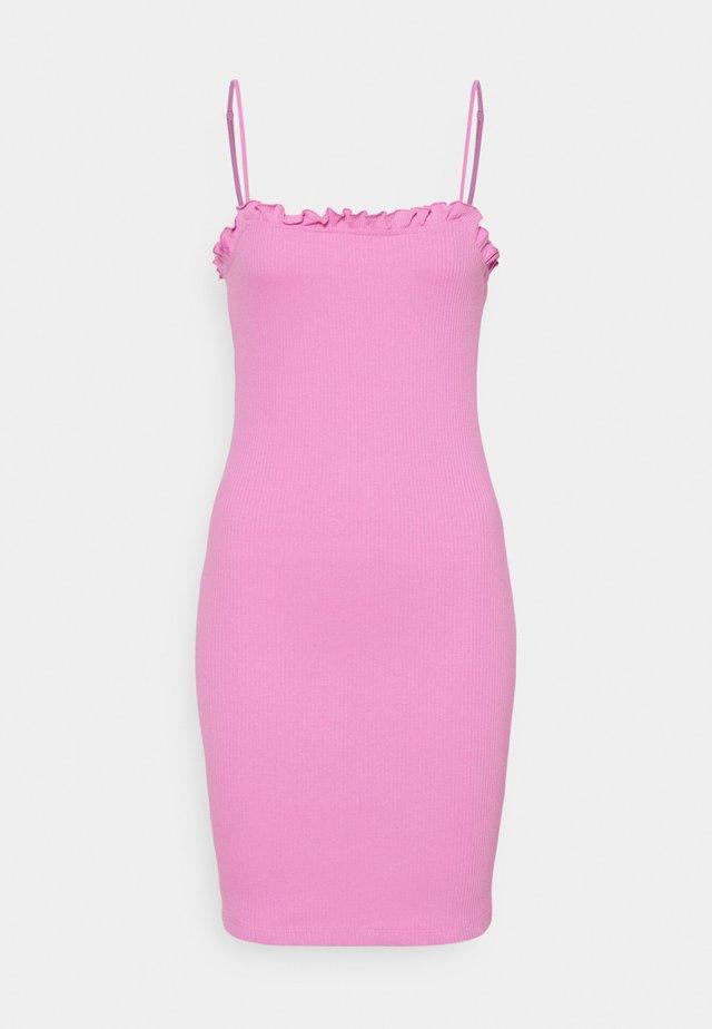 PCTEGAN STRAP DRESS - Korte jurk - cyclamen