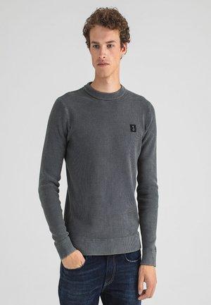 Sweater - nardo grey