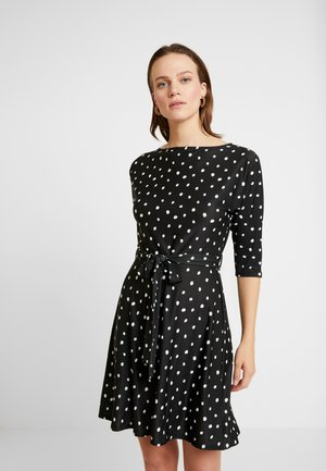 NON SPOT BATWING ITY FIT AND FLARE - Jersey dress - black
