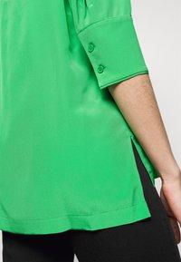 Diane von Furstenberg - LYNN  - Pusero - roast green - 5