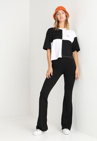 ONLY - Trousers - black - 1