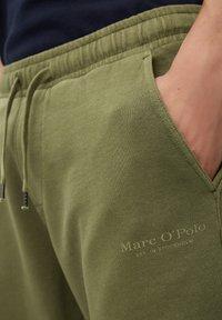 Marc O'Polo - Shorts - aged oak - 5