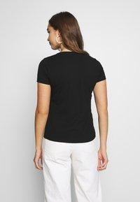 Pepe Jeans - BEATRICE - Print T-shirt - black - 2