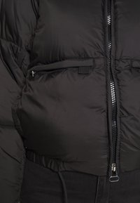 Weekday - HEDDA PUFFER JACKET - Zimní bunda - black - 5