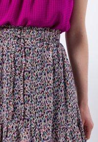 zero - A-line skirt - magenta rouge - 3