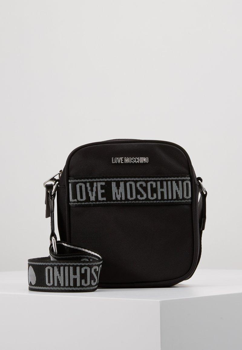 Love Moschino - Olkalaukku - black