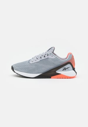 NANO X1 GRIT - Sportschoenen - cold grey/core black/orange flare
