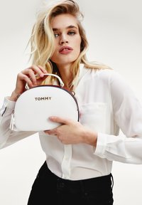 Tommy Hilfiger - Sac à main - bright white - 1