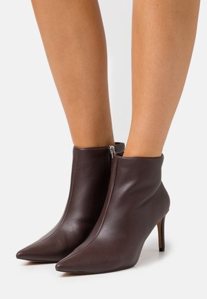 POINTY STILETTO  - Ankle boots - brown