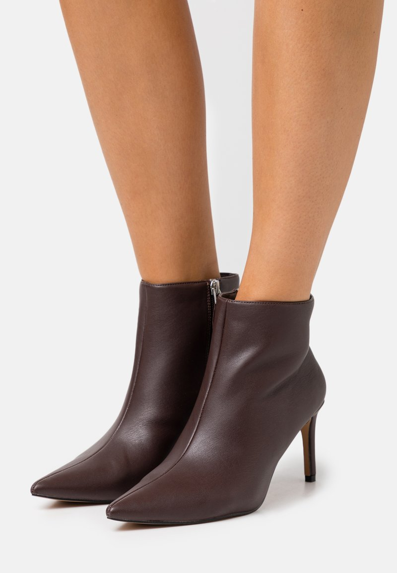NA-KD - POINTY STILETTO  - Ankle boots - brown
