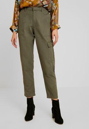 JDYCALLIE WORKER - Trousers - kalamata