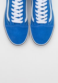 Vans - OLD SKOOL - Trainers - nebulas blue/true white - 4