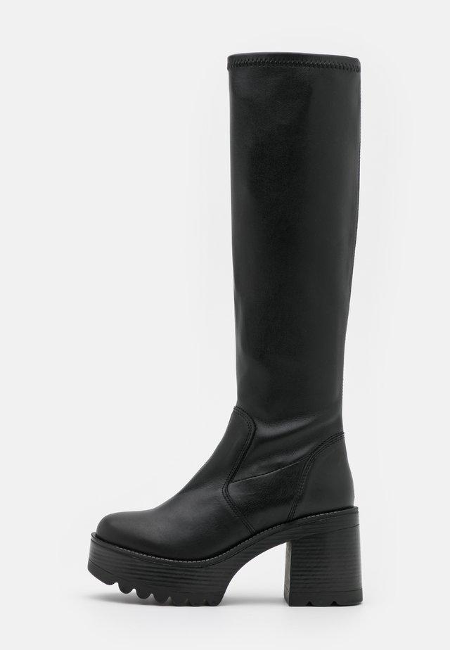 FAKUT - Platform boots - black