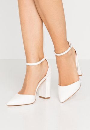 Zapatos altos - white