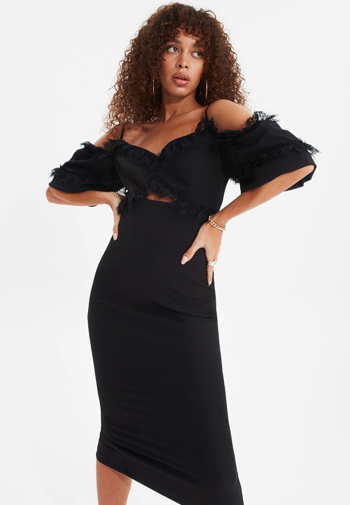 Trendyol Trendyol Tprss20el0015 Cocktailkleid Festliches Kleid Black Schwarz Zalando De
