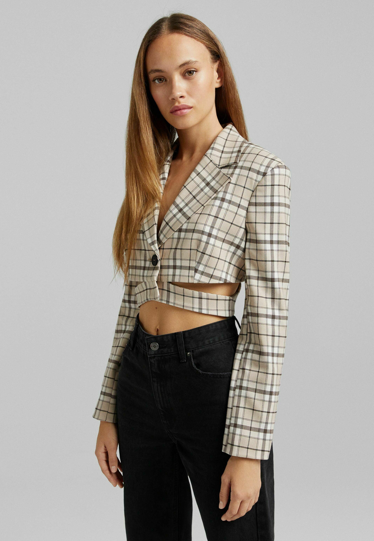 Donna CROPPED - Blazer