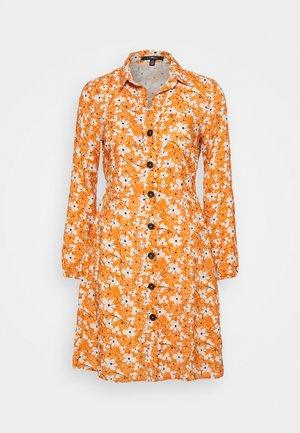 LONG SLEEVE DRESS - Shirt dress - autumn maple
