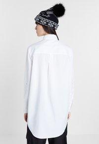 Desigual - CAM_GARONA - Shirt - white - 2