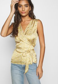 Never Fully Dressed - WRAP TOP - Bluser - gold - 3