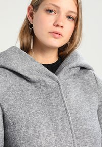 Vero Moda - VMVERODONA - Manteau court - light grey melange - 4