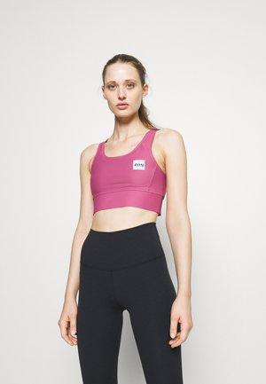 RIDER SPORTS BRA - Light support sports bra - team raspberry
