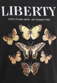 ONLY - ONLLINA LIFE BOX - T-shirts med print - black - 5