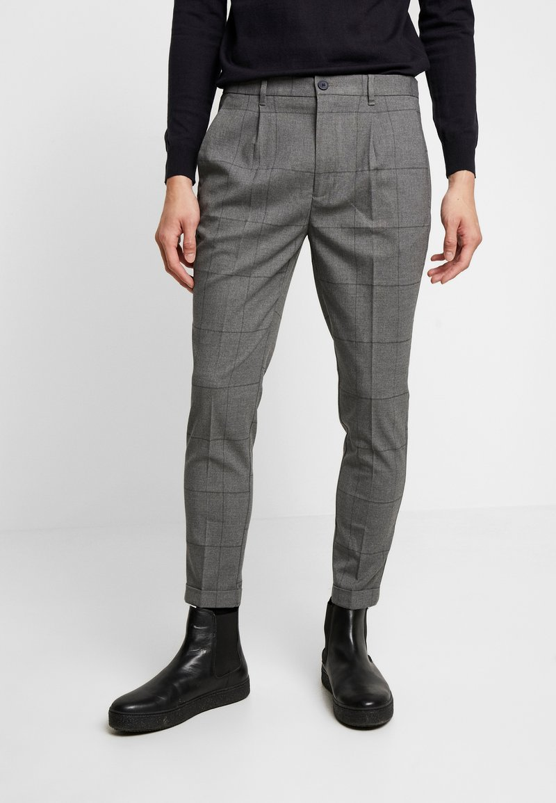 Piazza Italia - PANTALONE SLIM FIT - Trousers - grigio