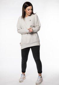 alife & kickin - HELEN  - Sweatshirt - white - 1