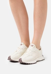 New Balance - WS327 - Baskets basses - offwhite - 3