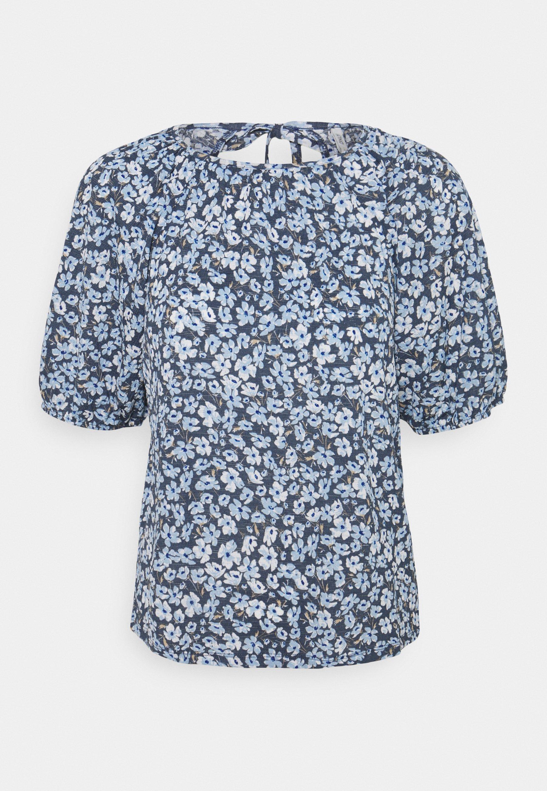 Women ONLPELLA OPEN BACK - Print T-shirt