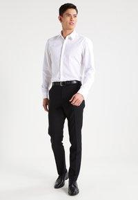 HUGO - ILIAS SLIM FIT - Formal shirt - open white - 1