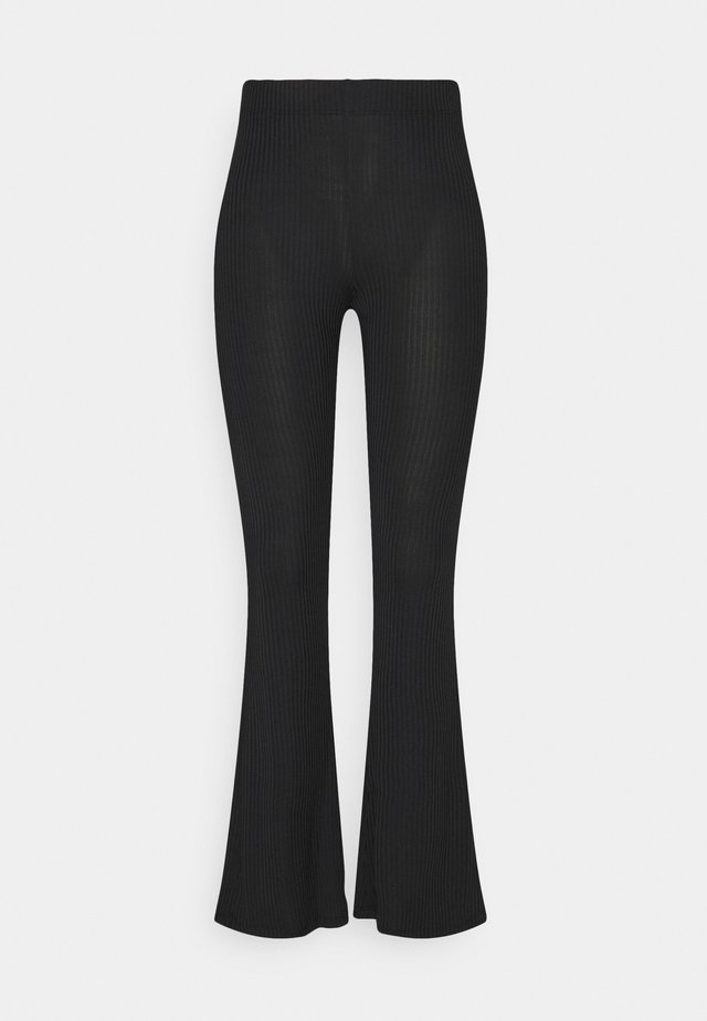 PCTOPPY FLARED PANT - Leggingsit - black