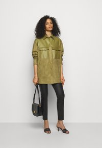 Bally - LUX SUMMER - Short coat - khaki - 1