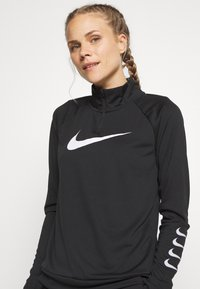 Nike Performance - RUN - Sportshirt - black/grey fog/white