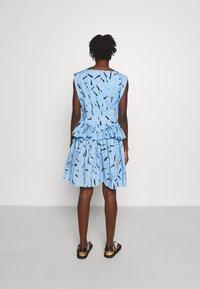 Christopher Kane - FLORAL CUPCAKE MINI DRESS - Vestito elegante - blue - 2