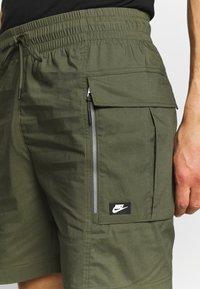 Nike Sportswear - ME SHORT - Shorts - khaki - 4