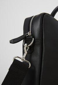 Pier One - LEATHER - Briefcase - black - 6