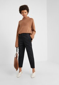 Filippa K - KARLIE TROUSER - Trousers - black - 1