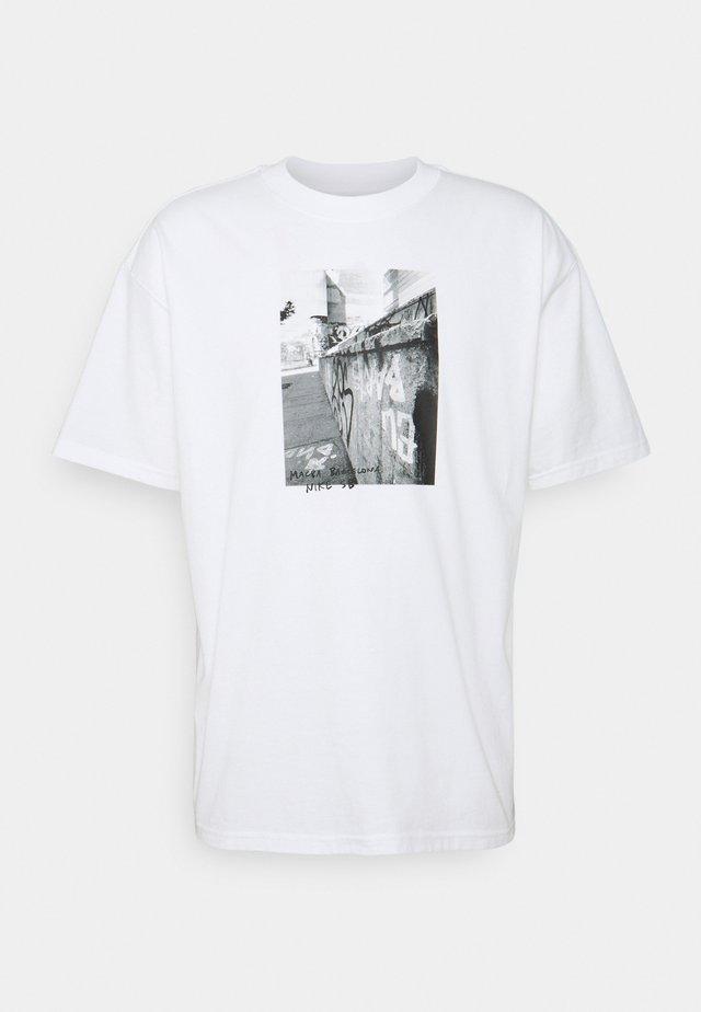 TEE STREETS - T-shirt print - white