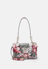 Guess - CHIC SHINE SHOULDER BAG - Bolso de mano - multi-coloured - 0