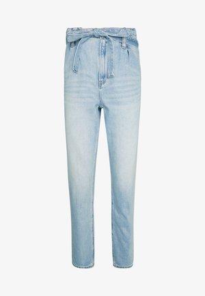 HIGHEST RISE MOM - Jeansy Straight Leg - blue heaven
