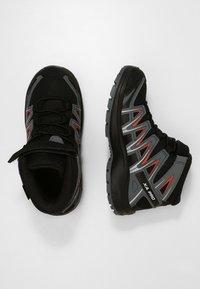 Salomon - XA PRO 3D MID  - Hiking shoes - black/stormy weather/cherry tomato - 0