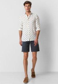 Scalpers - Shirt - navy - 1