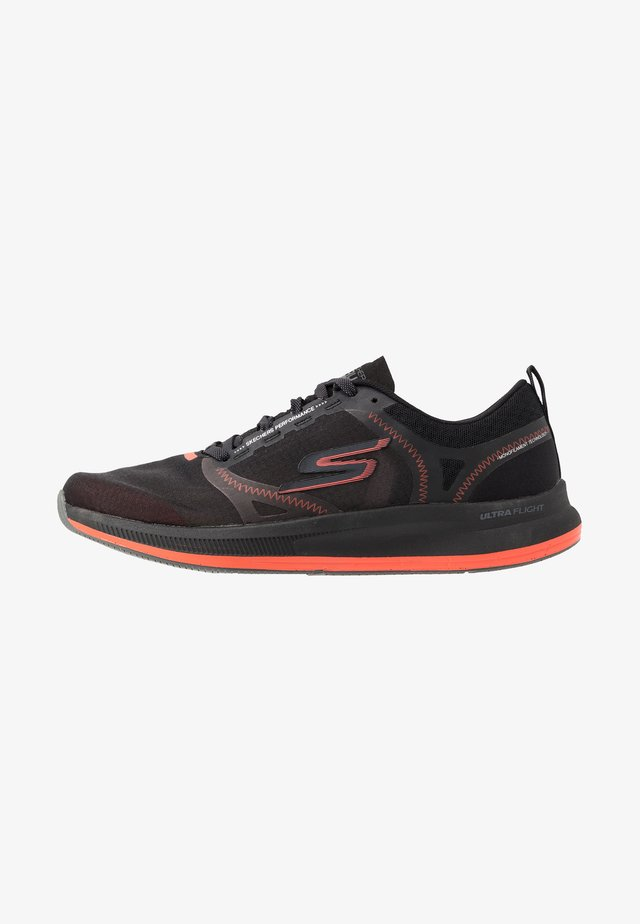 GO RUN PULSE - Chaussures de running neutres - black/orange