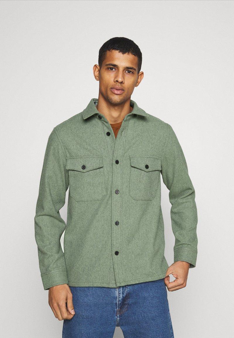 ARKET - Skjorta - khaki/green