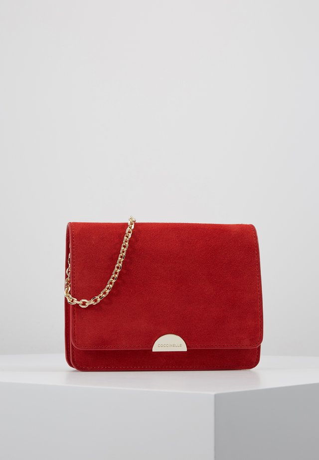 HALF MINI BAG - Sac bandoulière - polish red