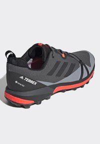 adidas Performance - TERREX SKYCHASER GORE-TEX BOOST HIKING SHOES - Hiking shoes - grey - 3