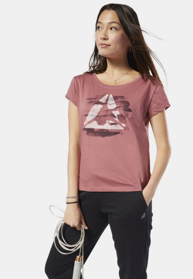 GRAPHIC SERIES CAMO EASY TEE - Print T-shirt - rose dust